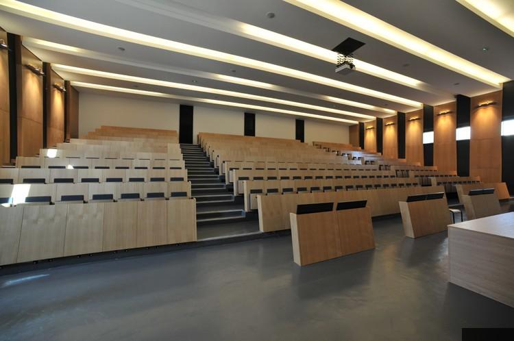 Amphi Théâtre Forum